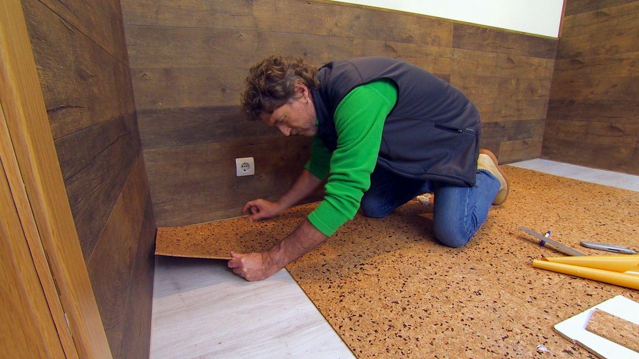 Instala un pavimento de corcho en tu cuarto muy f cil y simple manos a la obra - Pavimento de corcho ...