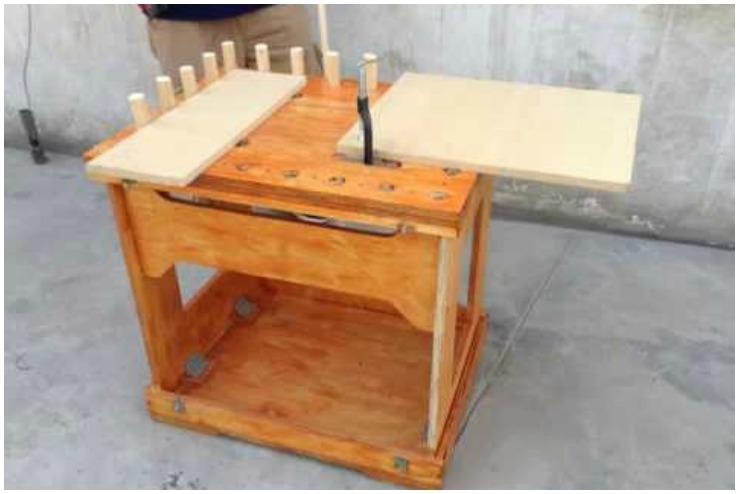Elabora tu propia mesa de trabajo plegable siguiendo for Mesa de trabajo plegable