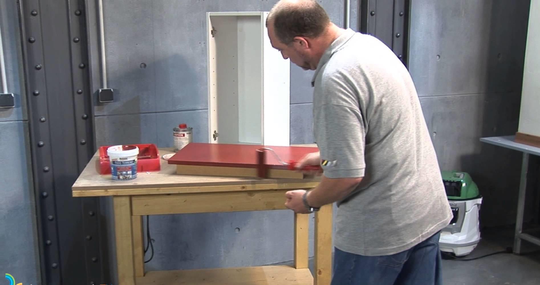 Paso a paso de c mo pintar muebles de melamina muy for Pintar muebles con spray