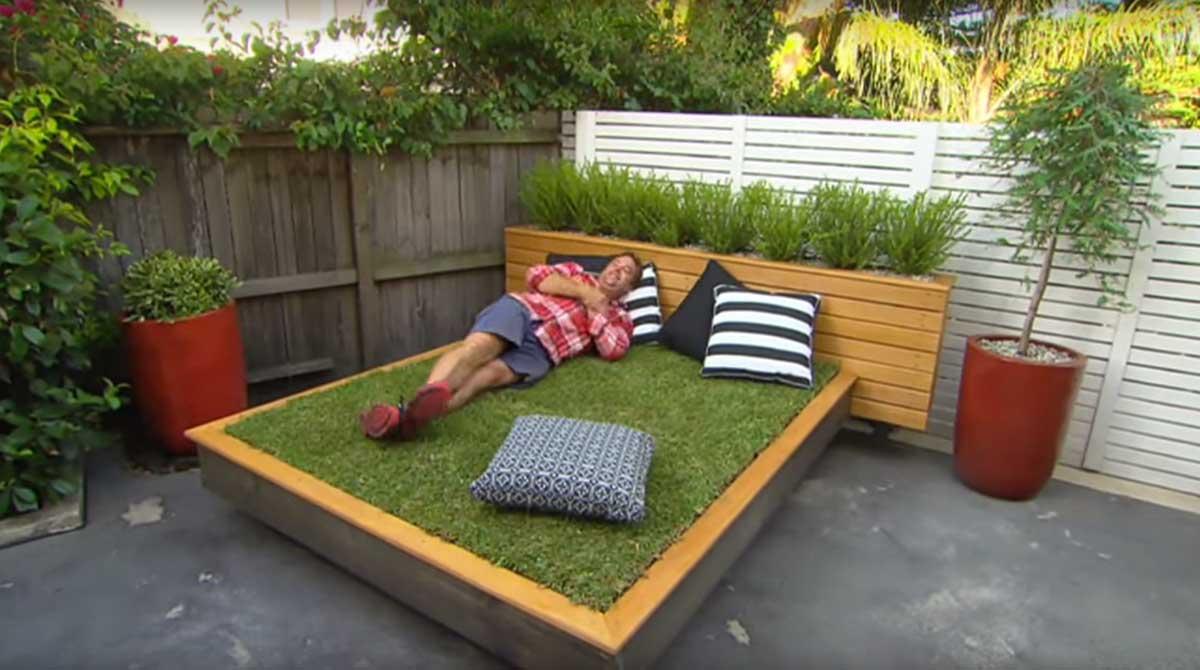 Una incre ble cama hecha de pasto y lo puedes hacer t for Tipos de cesped natural para jardin