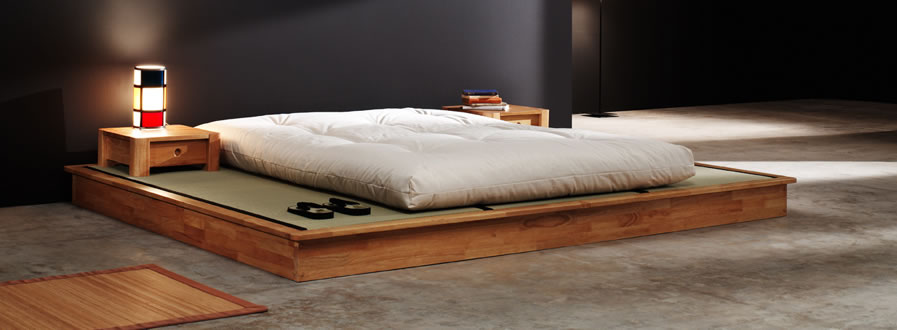 Aprende a hacer una cama al estilo japones con slo usar pallets