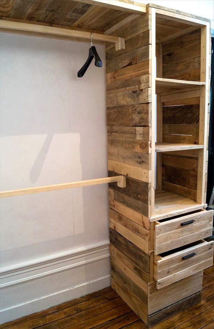 C mo hacer un armario multifuncional con pallets de forma for Como fabricar un armario