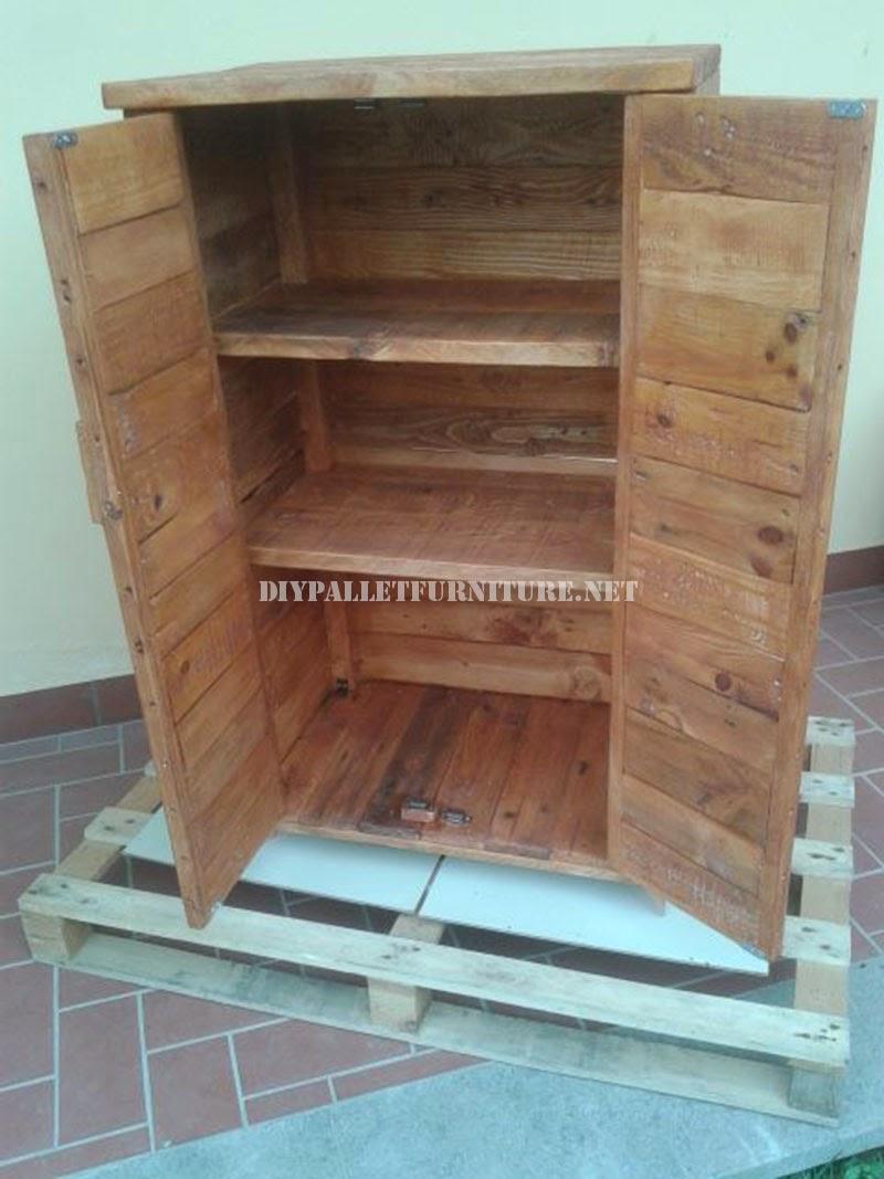 25 muestras de muebles hechos con pallets que son mucho m s que un reciclado manos a la obra - Armarios hechos con palets ...