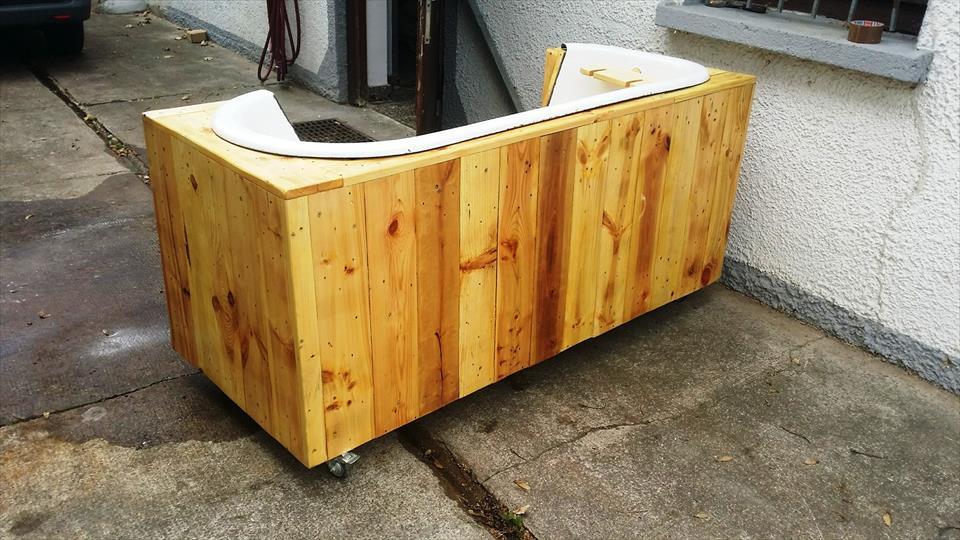 Mira este genial mueble con la cual puedes reciclar una bañera sin ...