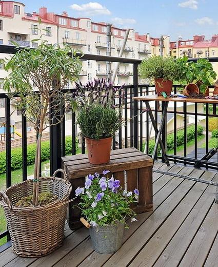 balcones-pequenos-con-madera-3