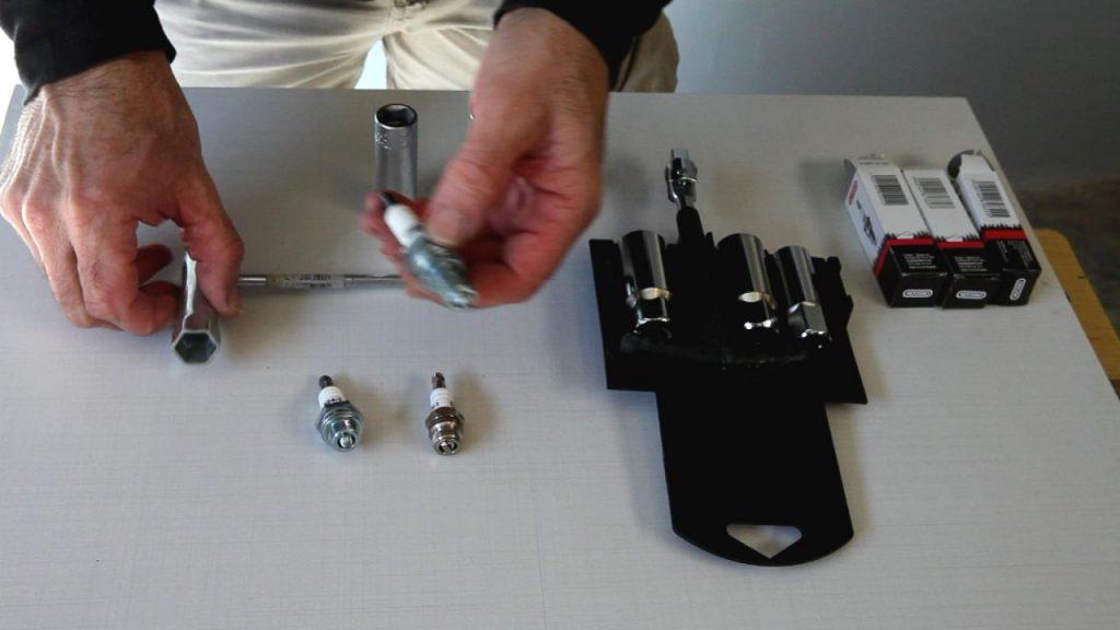 bricomania-825-llaves-para-bujias-paso-2-1280x720x80xx