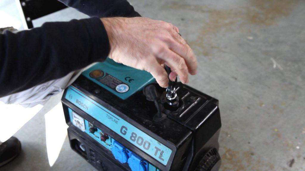 bricomania-825-llaves-para-bujias-paso-5-1280x720x80xx
