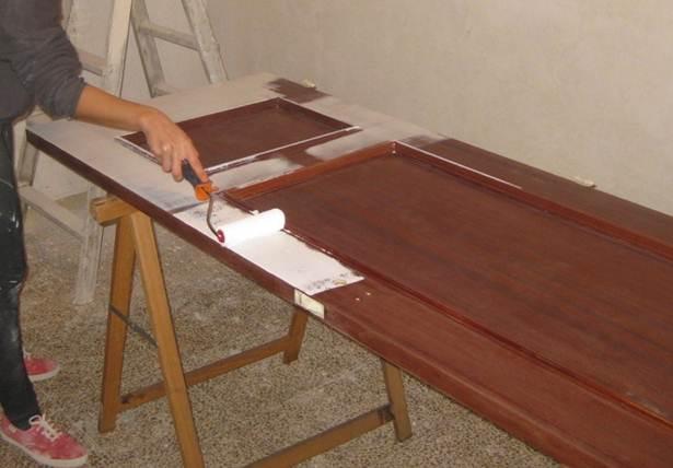 Como Pintar Un Mueble En Blanco.Aprende Los 5 Fabulosos Pasos Para Pintar Un Mueble Oscuro En