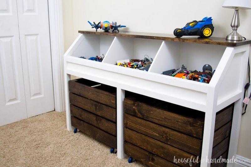 Realiza Este Mueble Preciso Para Alojar Los Juguetes De Los Ninos En - Muebles-para-juguetes-nios