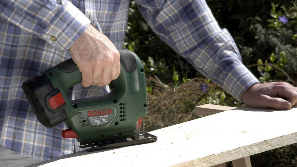 brico-0309-herramientas-acumulador-paso-2-1280x720x80xx