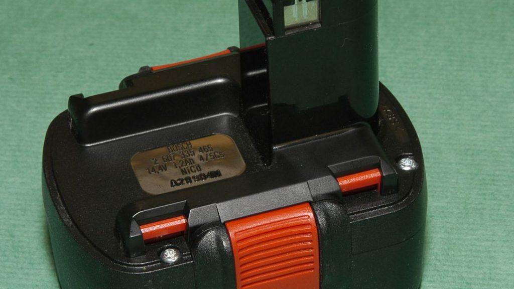 brico-0309-herramientas-acumulador-paso-3-1280x720x80xx