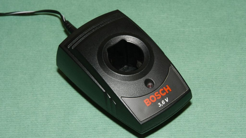 brico-0309-herramientas-acumulador-paso-5-1280x720x80xx