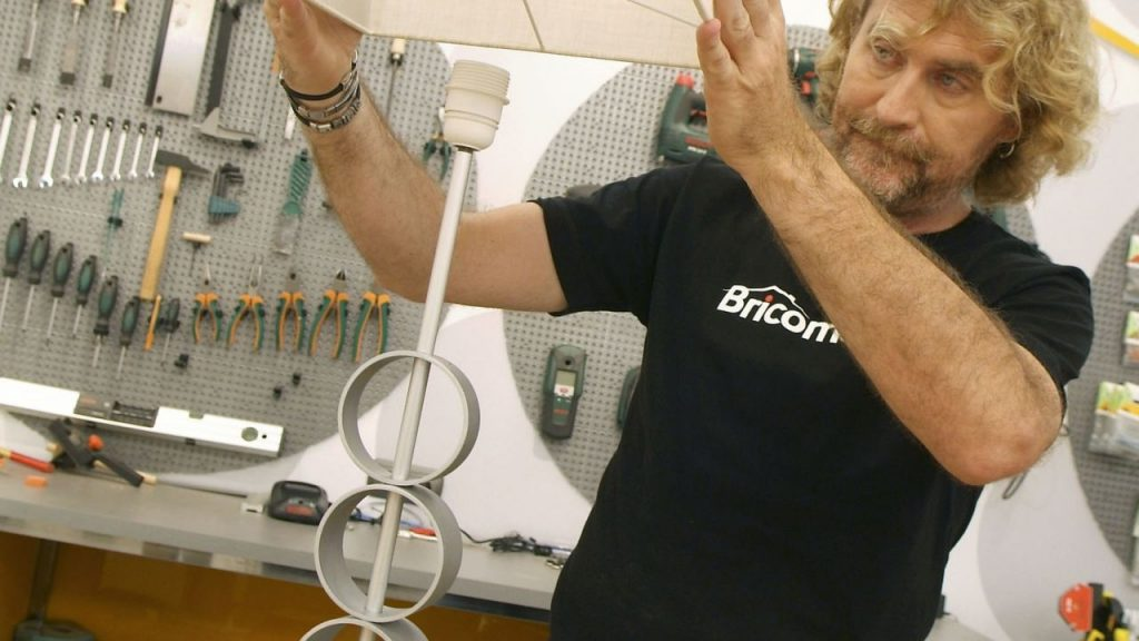 brico-0516-reciclar-lampara-mesita-noche-paso-17-1280x720x80xx