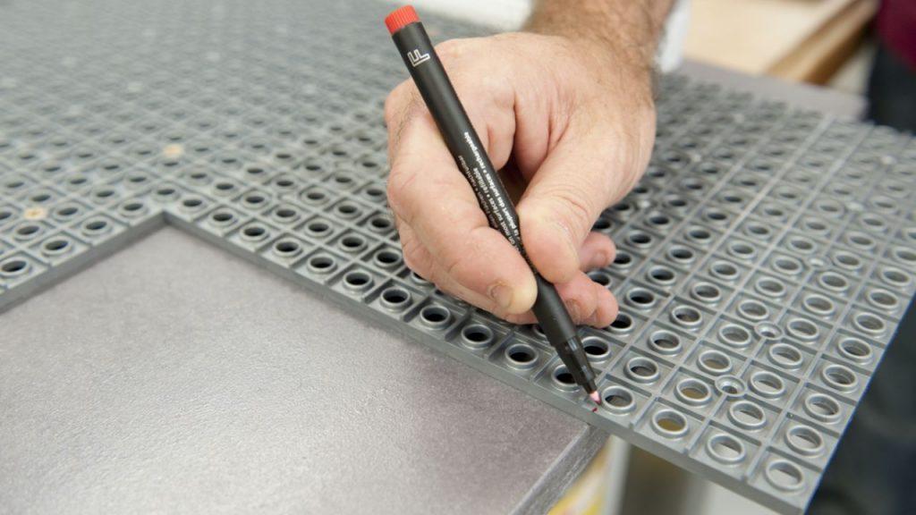 brico-0570-panel-de-herramientas-paso-9-1280x720x80xx