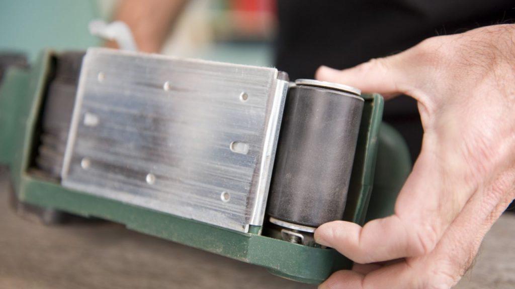 6 asombrosas formas de usar la lijadora de banda para - Lijadora para madera ...
