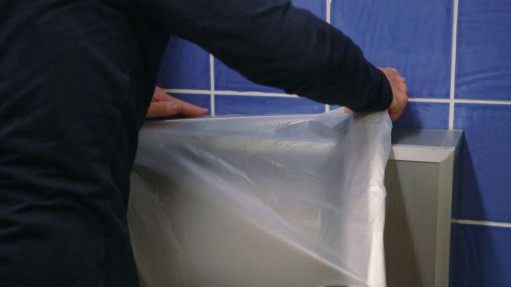 Aprende cómo pintar los azulejos de baño de forma efectiva ...