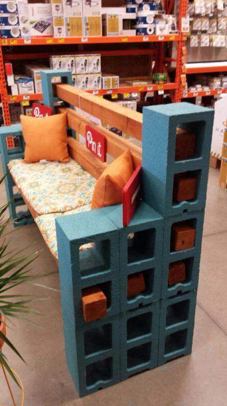 u banco de bloque teido con azul