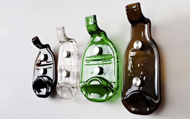 13 ideas para reciclar botellas de vidrio en casa manos for Reciclar botellas de cristal