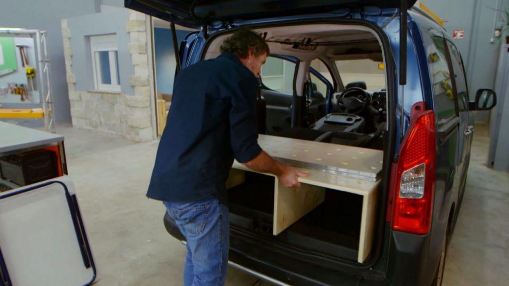 Te atrever as hacer una cama para furgoneta camper for Muebles furgoneta camper