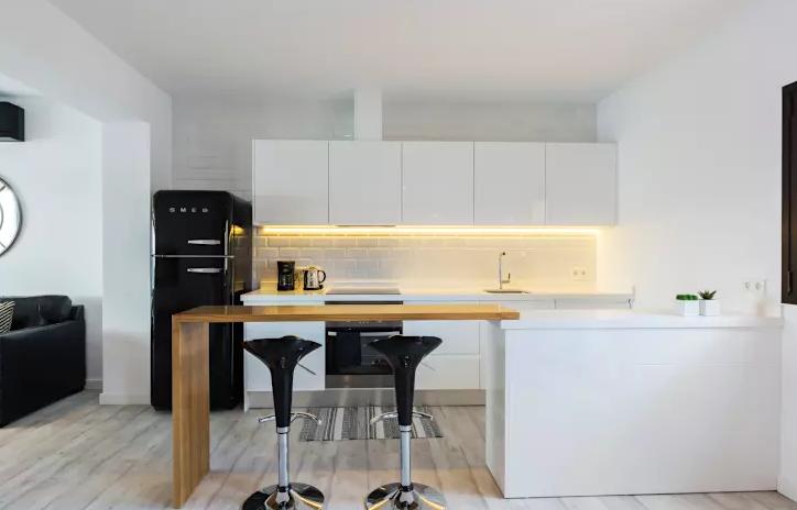 8 cocinas peque as pero perfectas y modernas que querr s for Disenadores de cocinas pequenas