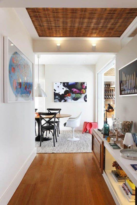 22 extraordinarias ideas para decorar tu pasillo con mucha - Estanteria recibidor ...