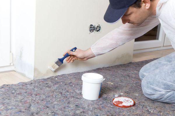 Aprende c mo pintar tu pared con humedad en s lo 6 simples - Humedad en pared ...