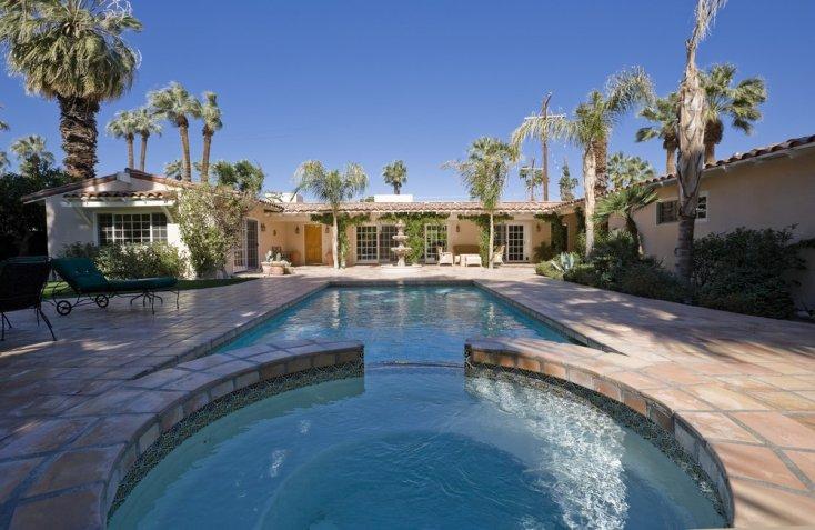 Haz tu propia piscina casera usando pallets de madera y - Haz tu propia casa ...