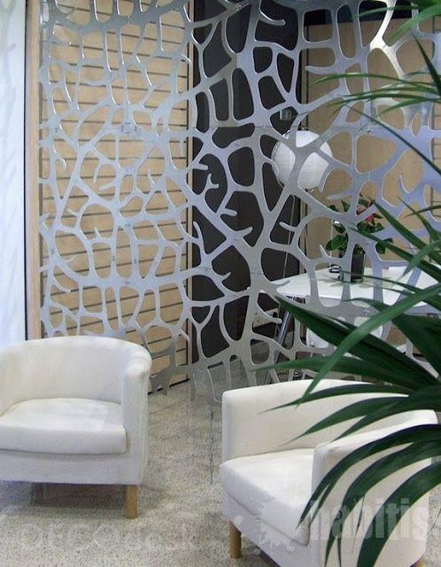 Divida la habitaci n en dos y tendr s espacio de sobra manos a la obra - Cortinas metalicas decorativas ...