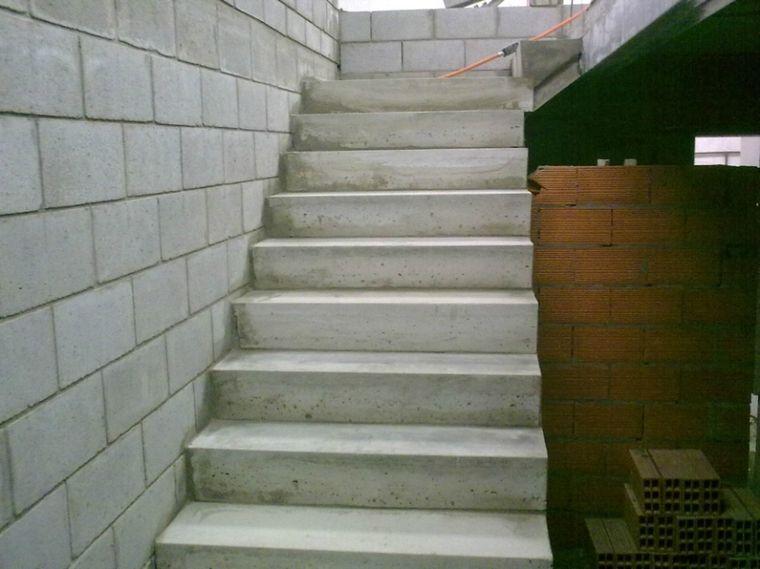 Calcula las medidas exactas para construir tu propia for Construir escalera de hormigon