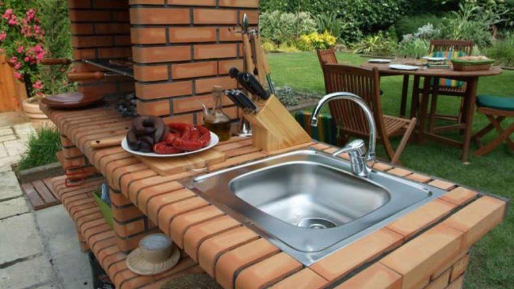 Construye tu propia barbacoa con fregadero incluido todo for Fregaderos para jardin