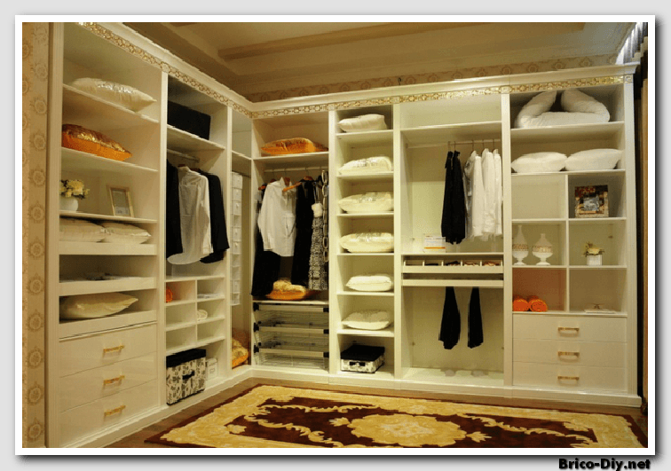 Amplia tu closet creando espacios con estos estrat gicos for Ideas para closets modernos