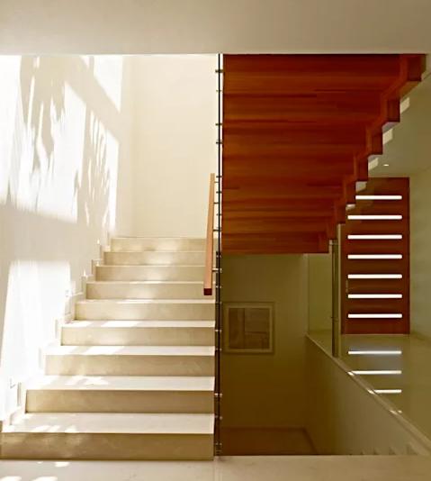 15 impresionantes escaleras dise adas exclusivamente para for Escaleras para casas de 2 pisos