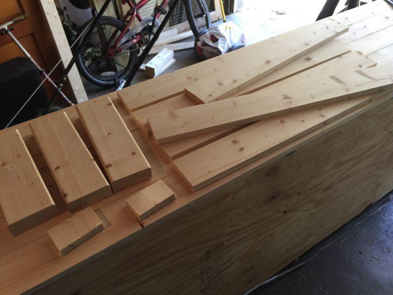 Crea un estante para un juego de vino usando solo una varilla de ...