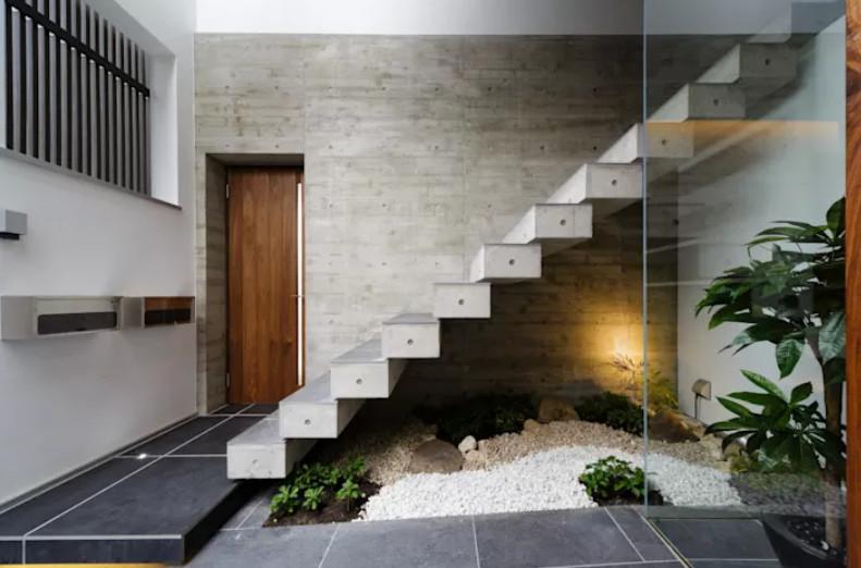 24 ideas para sacarle el jugo a los espacios libres debajo for Decoracion debajo escaleras