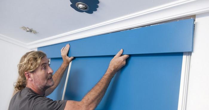 Conoce c mo instalar una puerta corrediza para un armario empotrado con este tutorial manos a - Como colocar una puerta corrediza ...